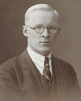 Oskar Loorits